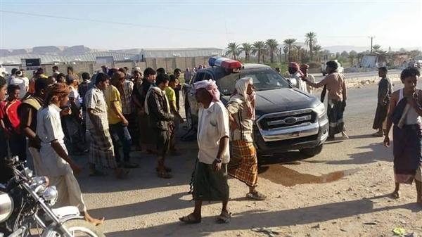 مسلحون ينفذون كمينا في سيئون بحضرموت ومقتل 4 جنود وإصابة آخر