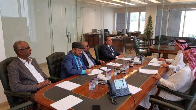 قيادة برلمانية الاصلاح تلتقي مبعوث الامين العام لمجلس التعاون الخليجي الى اليمن