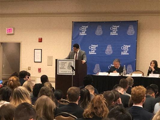 خلال كلمة له.. سفير اليمن في واشنطن: أي مليشيا تحمل السلاح لن تكون جزءا من المشهد السياسي في اليمن