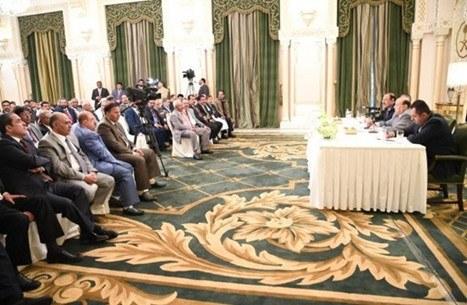 مصدر برلماني يكشف تفاصيل اجتماع الرئيس هادي برؤوساء الكتل البرلمانية