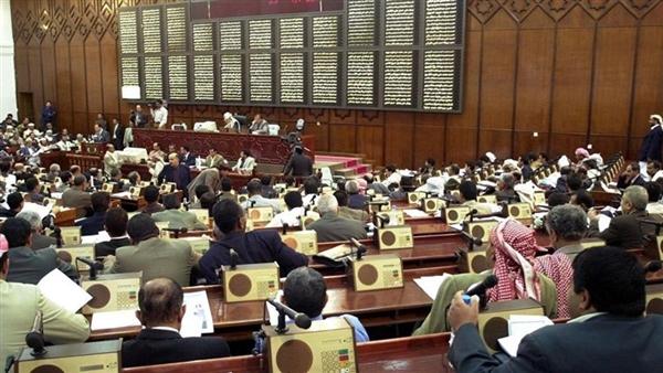 عضوين في البرلمان اليمني يصلان سيئون بعد تمكنهما الفرار من قبضة الحوثيين