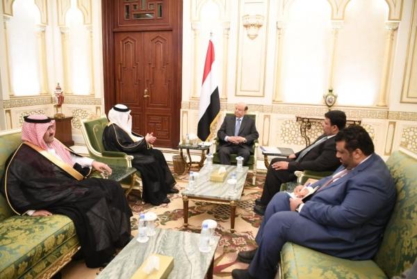 الرئيس هادي يتسلم رسالة من العاهل السعودي لتأسيس مجلس للدول المشاطئة للبحر الإحمر وخليج عدن