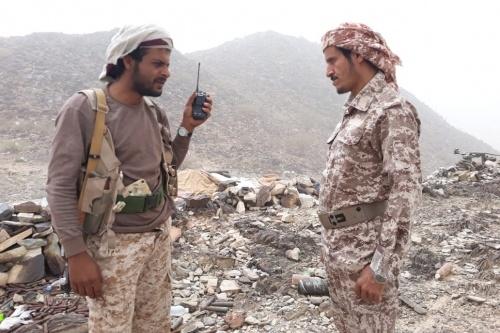 قيادة اللواء 163مشاه تزور الخطوط الامامية بجبهة ناطع البيضاء