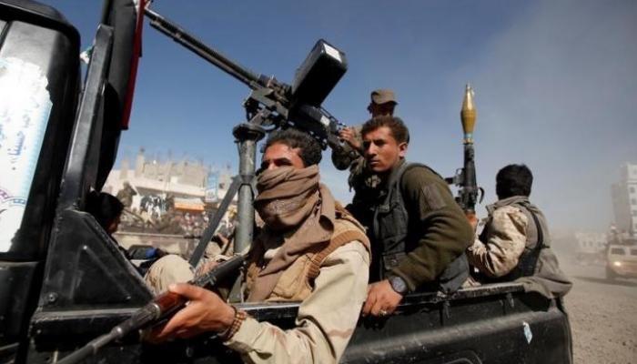 مليشيا الحوثي تواصل تقدمها في الضالع وتسيطر على مركز مديرية الحشاء