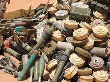 فرق الجيش الهندسية تتلف 2500 لغما أرضي في محور البقع بصعدة