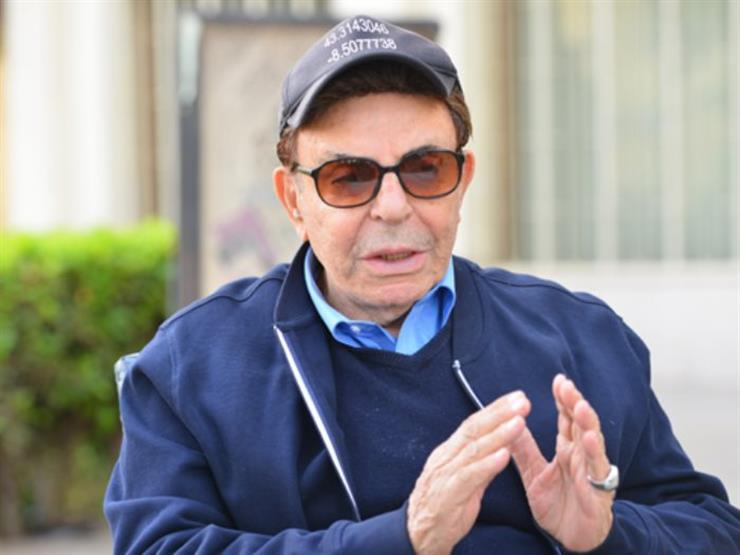 ممثل مصري ينجو من حادث مروري