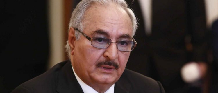 صحيفة أمريكية: لهذه الأسباب لم يعد حفتر جزءاً من الحل الليبي