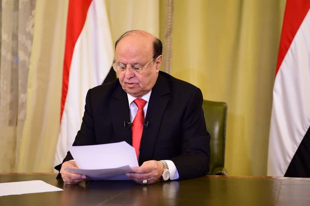 في خطاب وجهه لأبناء الشعب بحلول شهر رمضان المبارك.. رئيس الجمهورية: الحوثيون رفضوا كل المقترحات وأكدوا أنهم مجموعة من الوحوش السلالية