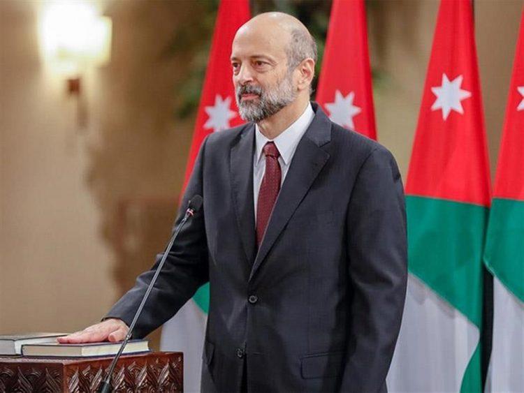 في خطوة مفاجئة.. الحكومة الأردنية تقدم استقالتها بالكامل