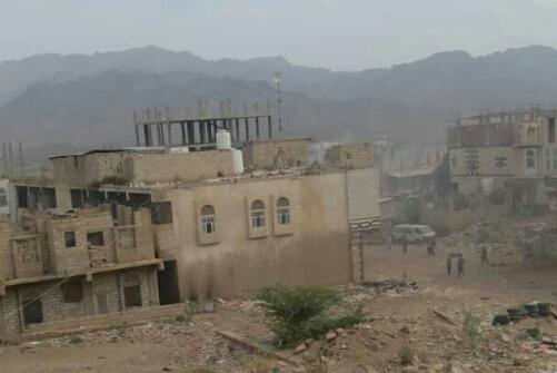 مليشيا الحزام الأمني المدعومة إماراتيا تقتحم مقر حزب الإصلاح في الضالع وتقوم بإحراقه