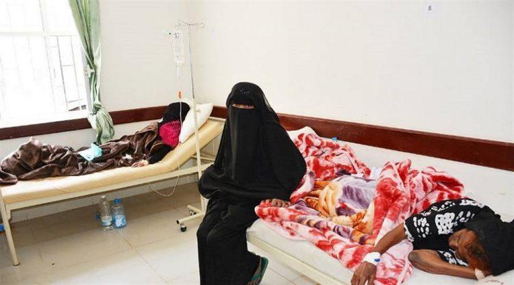 منظمة دولية تفتتح مركز لعلاج وباء الكوليرا في مناطق سيطرة الإنقلابيين بتعز