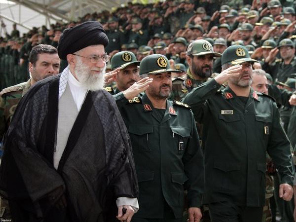 وزير إيراني سابق يعترف بأن استهداف الحوثيين لمنشآت سعودية كانت بإيعاز من طهران