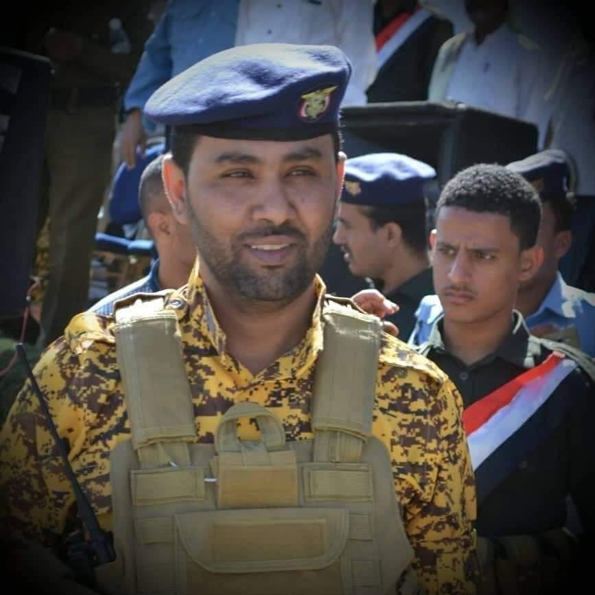 قائد حماية مدير أمن تعز يتوفى متاثراً بإصابته بنيران مسلحين يتبعون غزوان المخلافي