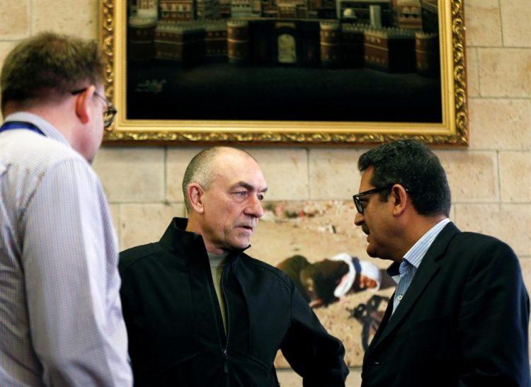 خلال لقائه مليشيا الحوثي.. لوليسغارد يؤكد بذل الأمم المتحدة قصارى جهدها لتنفيذ اتفاق السويد