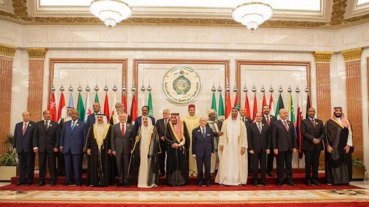 """بعد نجاح السعودية في حشد دول العالم العربي والإسلامي لإدانة سلوكه.. """"قمم مكة"""" تربك النظام الإيراني وتعزله"""