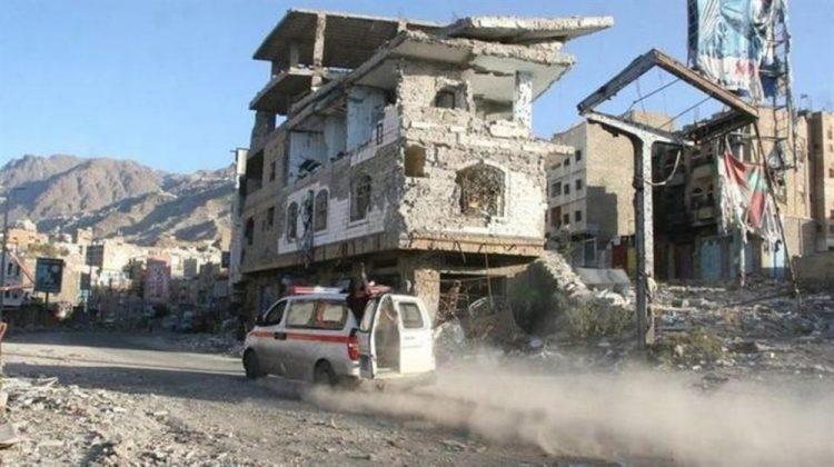 مقتل وإصابة 4 مدنيين بقصف لمليشيا الحوثي على الأحياء السكنية في تعز