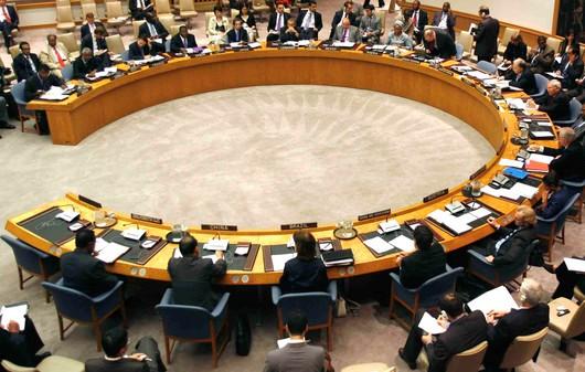 مجلس الأمن يجدد دعمه الكامل للمبعوث الأممي إلى اليمن ويدعو الحكومة للتعاطي معه بشكل إيجابي