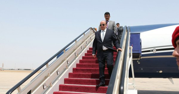 الرئيس هادي يعود من امريكا إلى الرياض.. ومدير مكتبه يعلق على الفحوصات الطبية