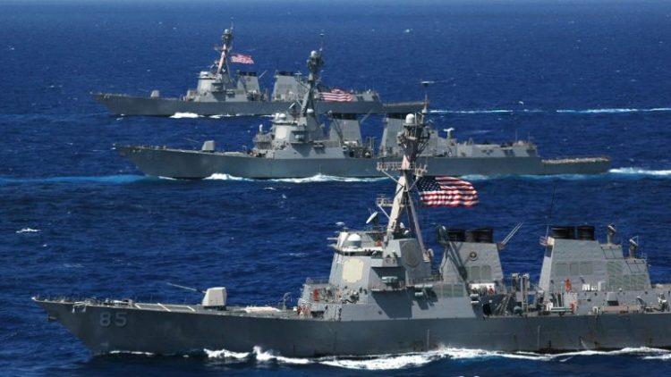 الأسطول الخامس الأمريكي: البحرية الامريكية تبحث عن بحار أمريكي مفقود في بحر العرب