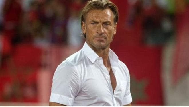 """بعد إخفاقه في كأس أمم أفريقيا.. """"رينار"""" يستقيل من منصبه كمدرب لمنتخب المغرب لكرة القدم"""