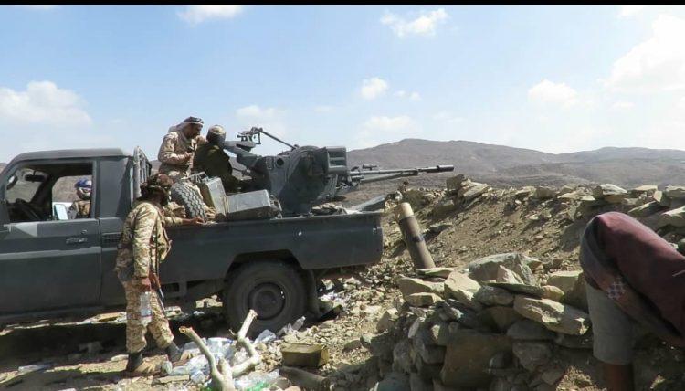 لهذا السبب.. مليشيا الحوثي تصفي موقعاً تابعاً لها بالسلاح الثقيل في البيضاء