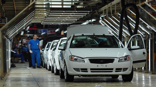 السلطات الإيرانية تعتقل مدير أكبر شركة لصناعة السيارات في إيران