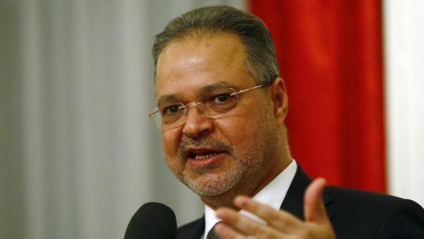 مستشار رئاسي يكشف عن مرحلة جديدة ستبدأ في اليمن ستعزز عمل الشرعية.. تفاصيل