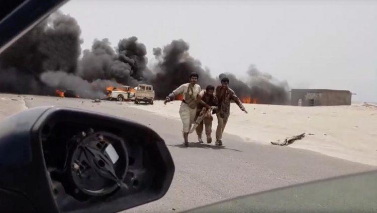 """حوار يلوح في جدة والشرعية أمام مفترق طرق: الإصرار على """"سيادة كاملة"""" أم شرعنة الانقلاب (تقرير)"""