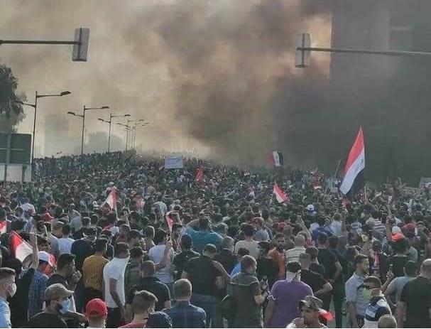 في أول حكم قضائي من نوعه.. محكمة عراقية تقضي بإعدام ضابط عراقي أُتهم بقتل متظاهرين