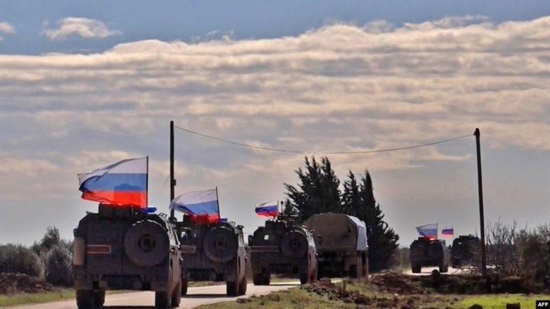 بالإتفاق مع تركيا.. روسيا تسير دوريات في الشمال السوري