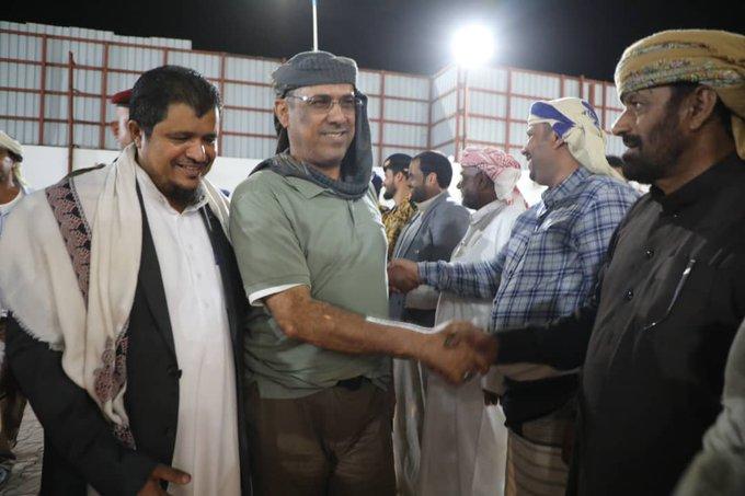 بالصورة.. استقبال رسمي وشعبي كبير لوزير الداخلية احمد الميسري في المهرة