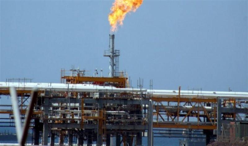 أسعار النفط تنخفض بعد الإرتفاع المفاجئ للمخزونات الأمريكية