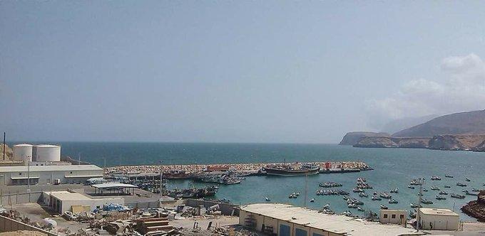 مصادر تكشف حقيقة انفجار ميناء نشطون يمحافظة المهرة
