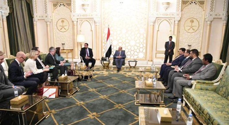 الرئيس هادي يؤكد الإلتزام ببنود اتفاق السويد الذي لم تلتزم به المليشيا