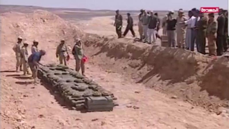 استجابة للضغوطات الأمريكية.. الحوثيون يتهمون المخلوع صالح بتدمير صواريخ الدفاعات الجوية قبل 15 عاما