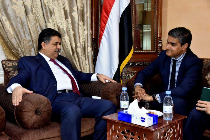 الشيخ احمد صالح العيسي يلتقي نائب السفير الامريكي لدى اليمن