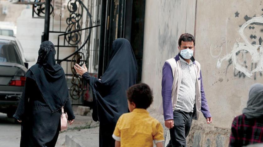 نقص شديد بالأدوية والمستلزمات الطبية.. اليمن يواجه كورونا بقطاع صحي شبه منهار