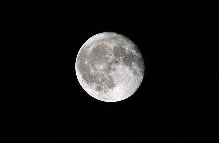 هيئة المسح الجيولوجي الأمريكية تنشر أول خريطة مفصلة لسطح القمر