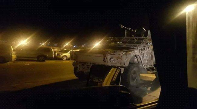 احتدام المعارك في ابين ومليشيات الانتقالي تحفر الخنادق على مداخل العاصمة المؤقتة عدن