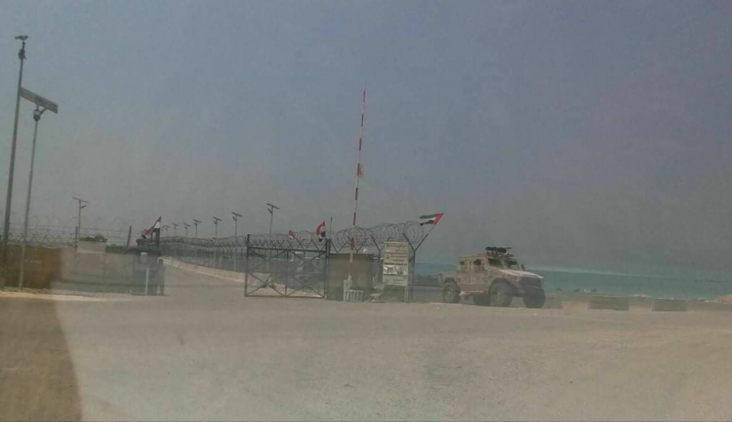 Sources reveal the cargo of the mysterious Emirati ship docked in Socotra.