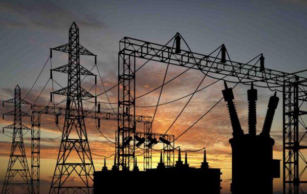 تحذيرات من خروج محطات توليد الكهرباء بالكامل عن الخدمة في عدن
