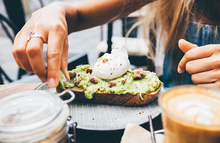 إليك 10 أطعمة فعّالة لمكافحة التعب في الصيف