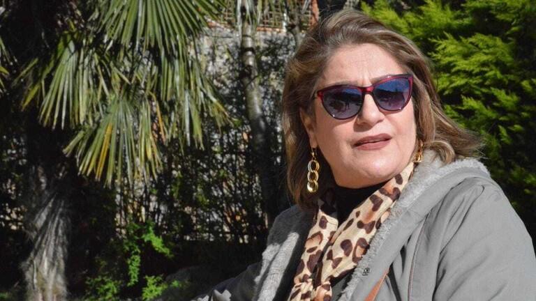 اصابة فنانة عراقية بفيروس كورونا