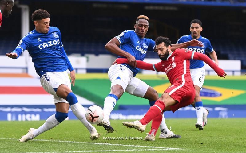 ليفربول يتعادل مع ايفرتون ومحمد صلاح يسجل الهدف رقم 100