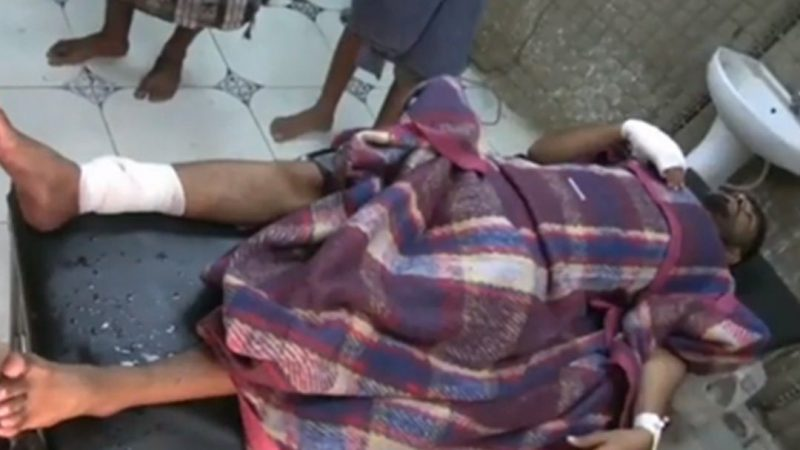 الحكومة تدين قصف مليشيا الحوثي لسوق شعبي في الحديدة
