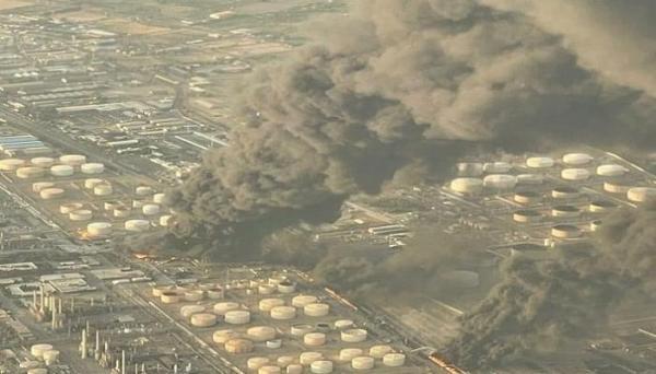 إندلاع حريق ضخم في مصفاة للنفط بإيران