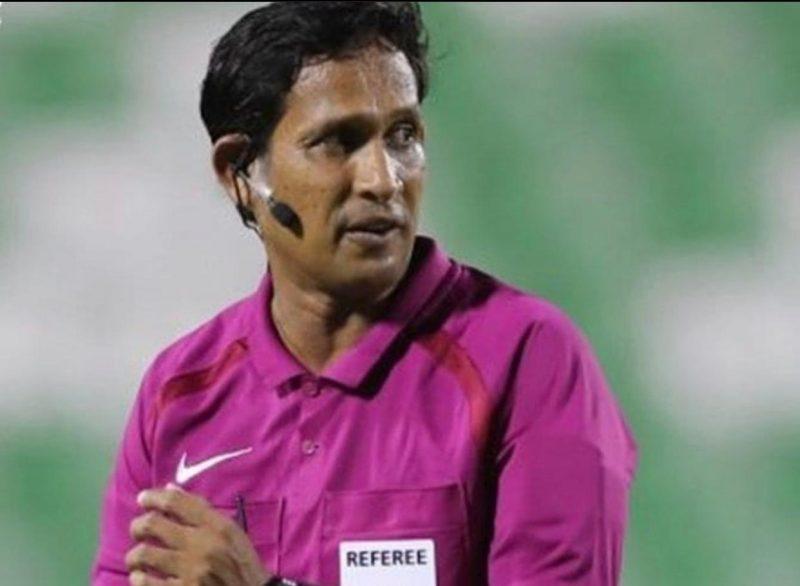 حكم مباراة عمان وقطر يثير استياء الشارع العماني